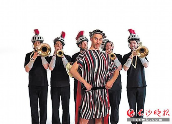 加拿大幽默音乐情景剧《疯狂音乐史》。均为资料图片