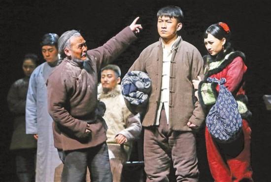 从文学到戏剧:在舞台致敬经典