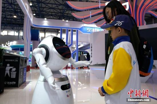 中国机器人产业的挑战和机遇在哪?