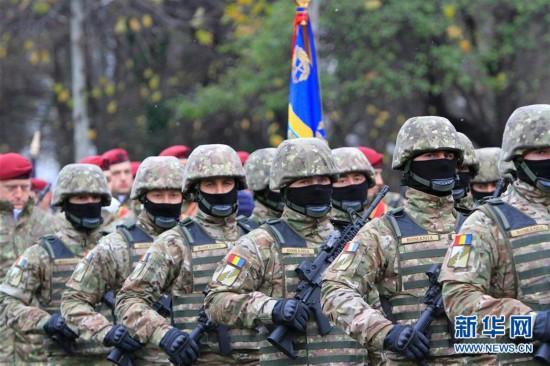 (国际)(3)罗马尼亚举行国庆阅兵式