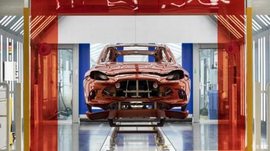 阿斯顿·马丁DBX是该品牌旗下的首款SUV车型2020年二季度量产