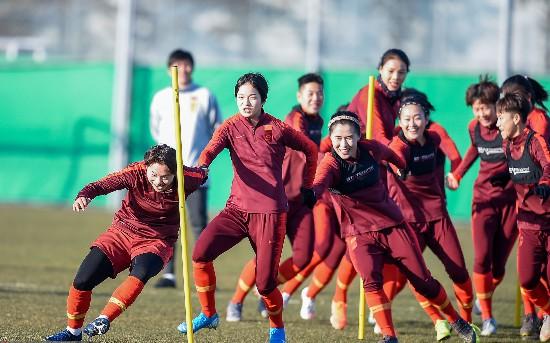 东亚杯首战迎韩国中国女足为奥预赛预演