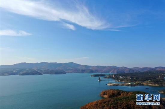 俯瞰河南淅川丹江口水库库区
