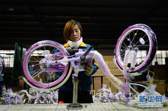 (社会)(2)河北平乡:小童车撑起百亿大产业