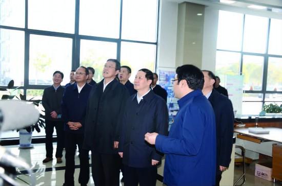 江苏省委常委、政法委书记王立科等到金湖调研