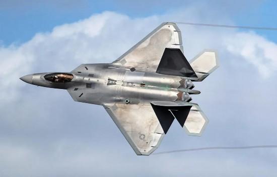 买得起还要用得起:美军花费70亿美元用于F-22战机维修