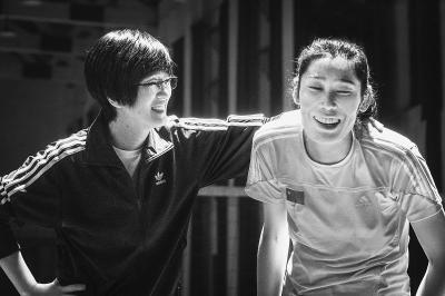 """《中国女排》""""新一代女排""""版预告发布 里约奥运中国女排队员真人出演!"""
