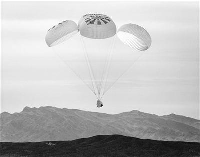 SpaceX在推特上发布了载人龙飞船完成首飞前重要测试的消息