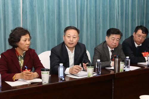 張恩亮參加鶴崗市政協十二屆四次