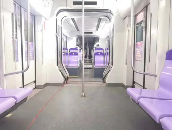 新年换新颜 长春轻轨车换新座椅1月1日上线运营