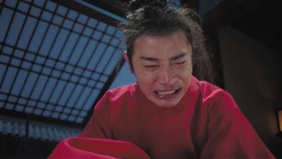 罗晋演《鹤唳华亭》哭足200天累到没力气摘头套
