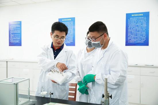 南京理工大学:高校学霸成长营炼成记