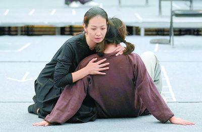 卢芳:好演员还得懂哲学 每一刹那都是新鲜的自己
