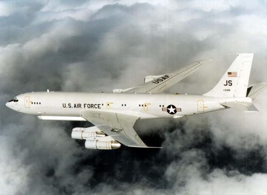 美军拟将退役加油机改成空中指挥机