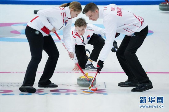 (冬青奥会)(2)冰壶――混合团体赛:中国队无缘四分之一决赛