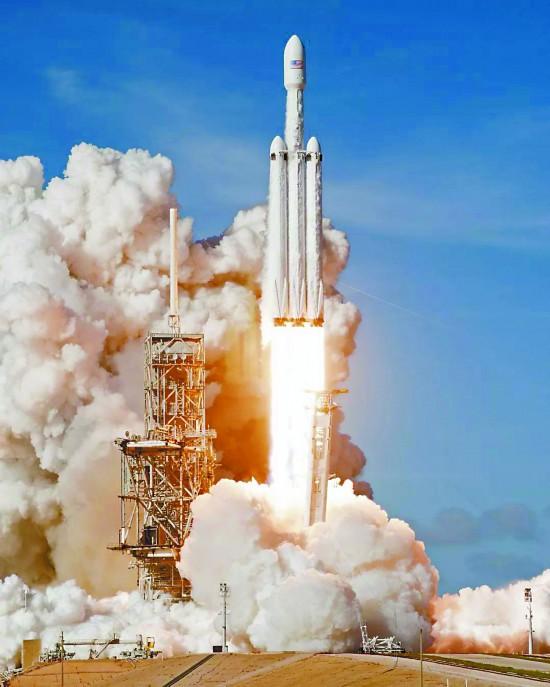 美军反卫星作战细节披露:用航天器机械臂折断敌方卫星天线