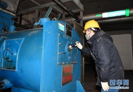 陕西铜川:坚守岗位保供热