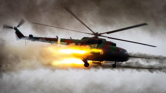 """俄特种部队将装备魔改米8直升机配重装甲重火力成""""飞行坦克"""""""
