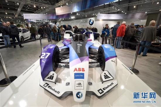(国际)(1)维也纳车展开幕 中国电动汽车亮相