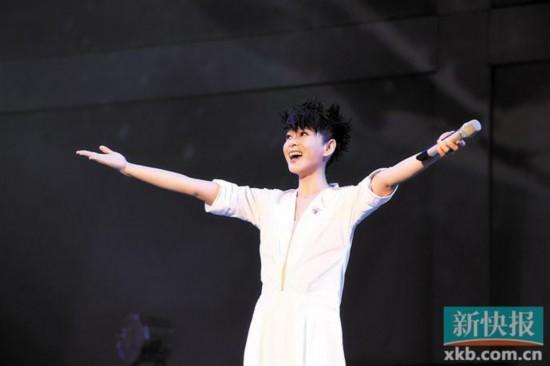 刘若英 《飞行日》巡回演唱会启动