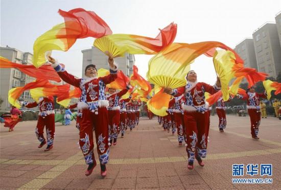 山东临沂:多彩民俗迎春节