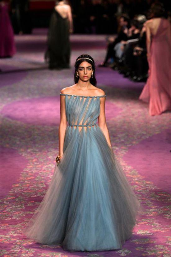 (国际)(6)巴黎高级定制时装周:迪奥发布春夏新品
