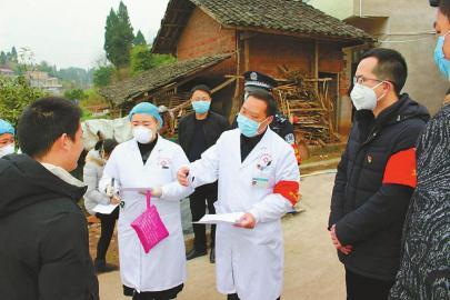 四川基层一线探防控:抗击疫情 共同行动