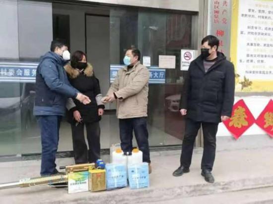 徐州銅山農民捐出消毒煙霧機 為疫情防控出力