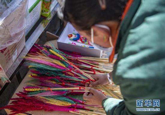 (社会)(4)拉萨:就近购物迎藏历新年