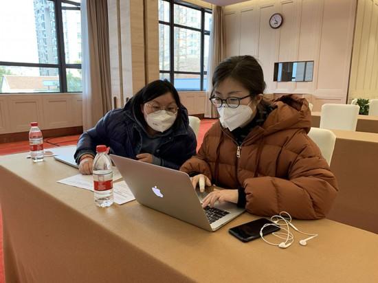 """新蓝网-中国蓝新闻客户端:全媒体发力战""""疫"""""""