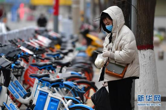 (环境)(1)甘肃多地出现大风沙尘天气