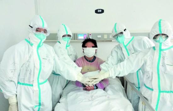 把危重病人从死亡线上拖回来,就是最大安慰