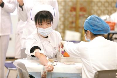 广州过半确诊病人治愈出院