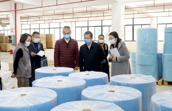 黃琛到防護醫療器械生產企業檢查調研
