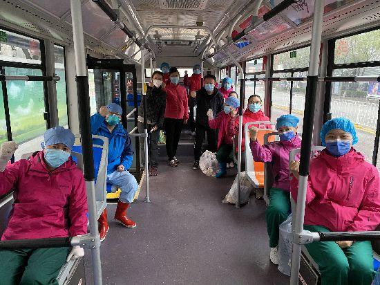 宁夏两支援湖北医疗队开始接治病人
