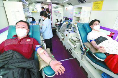 多国确诊首例病例疫情继续全球扩散