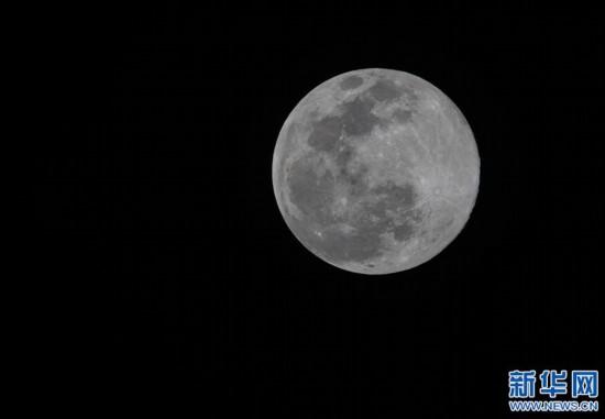 """(社會)(1)拉薩:""""超級月亮""""現天宇"""