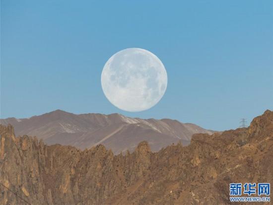 """(社會)(3)拉薩:""""超級月亮""""現天宇"""