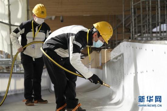 国家雪车雪橇中心赛道制冰完成 在北京冬奥会将承担三个项目比赛