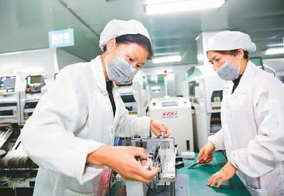 中国外贸有积极向好因素支撑