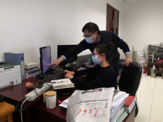 人民邮电报:用鲜活报道展现抗疫一线实景