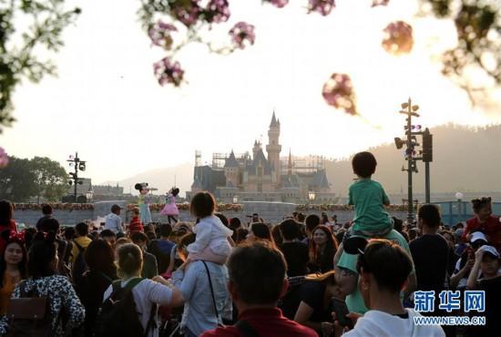 (图文互动)(2)香港迪士尼2019财政年度净亏损达1.05亿港元
