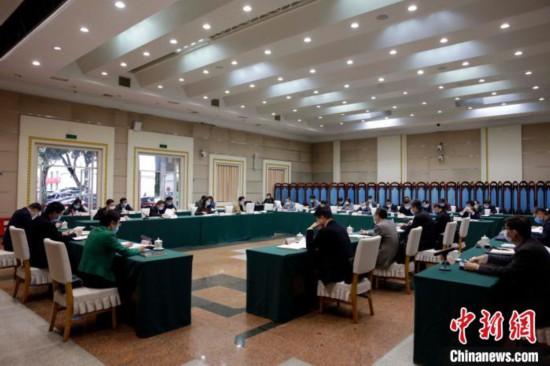 广西召开推进海峡两岸产业合作区建设联席会议第三次会议。 汤锋年 摄