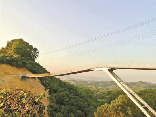 海立方游戏官网光明绿道三座景观桥顺利完工