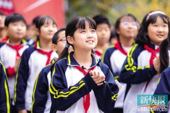 《少年说》回归北京学生勇敢表达感动众人