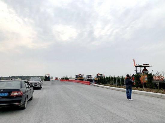 溧高高速进入沥青摊铺阶段 预计年内完工通车