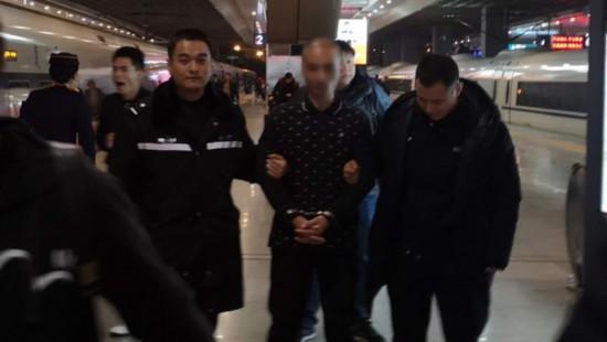 上海警方破获12年前入室盗窃杀人案:男子杀人潜逃后又因运毒被判刑