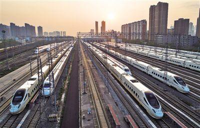 这一天,英雄城市重启希望的列车
