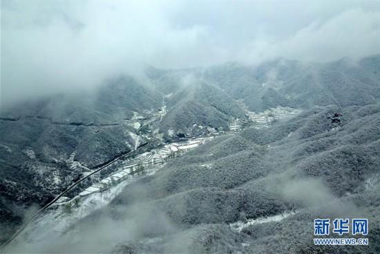 (環境)(2)雪后太行