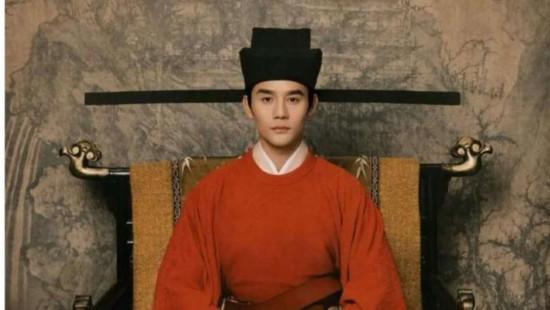 正午阳光《清平乐》热播 王凯演的宋仁宗符合历史吗?